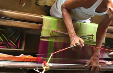 Weaving~Waraseoni